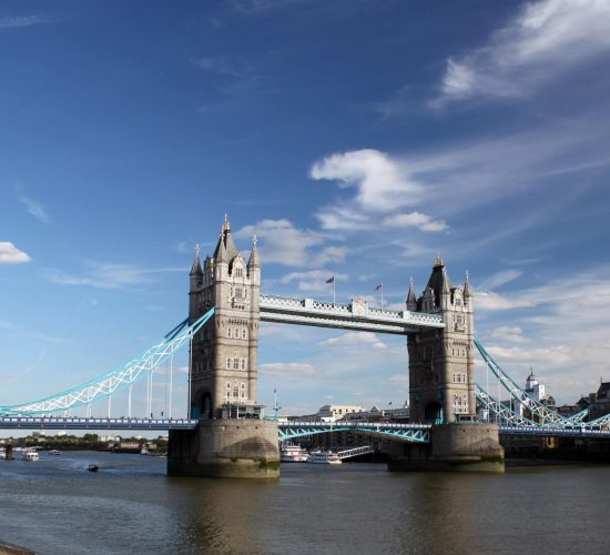 tower-bridge-thames-river-water-161990 (1)